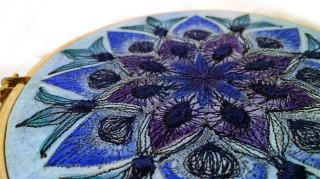 Blue_mandala_paintedemboidery_detail2